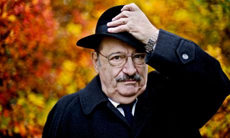Lo scrittore Umberto Eco